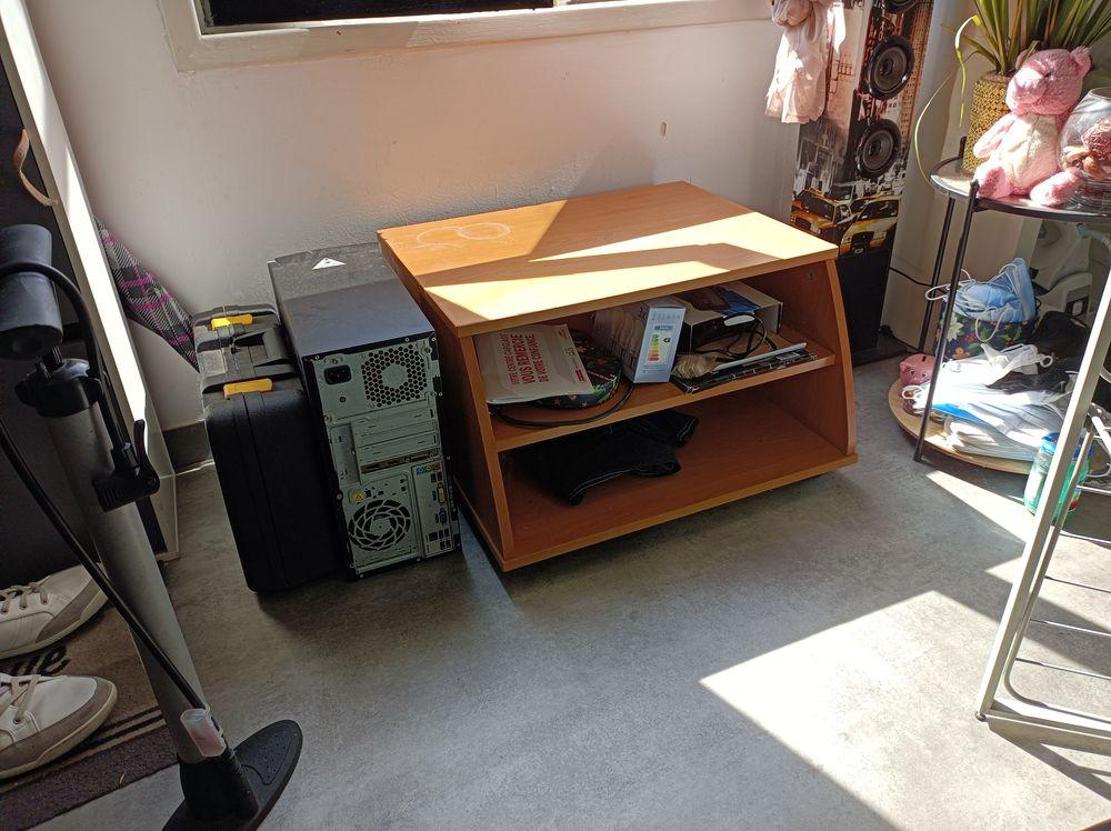 petit meuble 20 Périgueux (24)