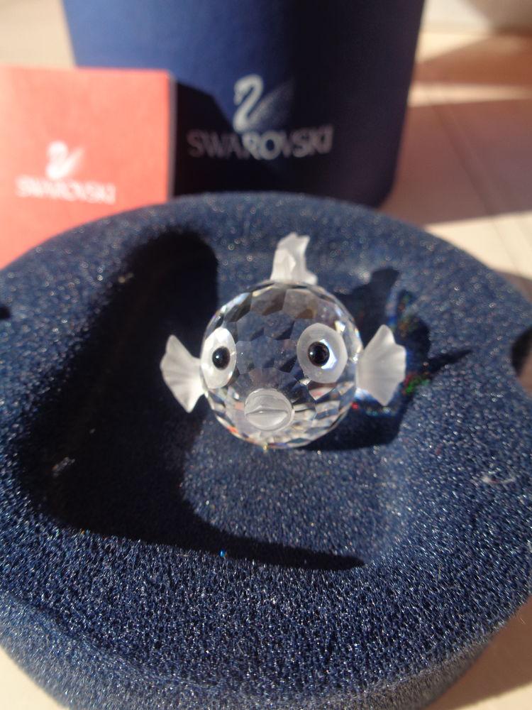 Petit poisson en cristal swarovski le prix d origine est de  24 Dourdan (91)