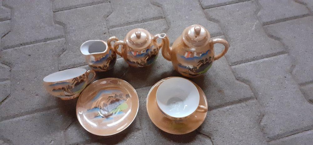 Petit service à thé décoré 10 Le Landreau (44)