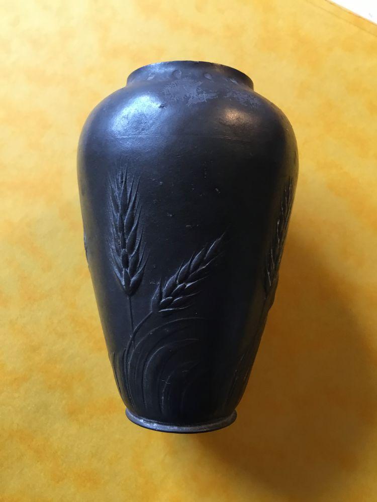 Petit vase étain Kayserzinn 250 Bois-Guillaume (76)