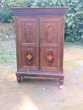 petite armoire ancienne en palissandre marquetée Missiriac (56)