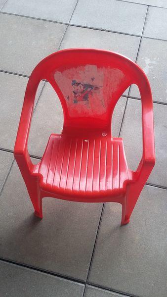 petite chaise 5 Guyancourt (78)