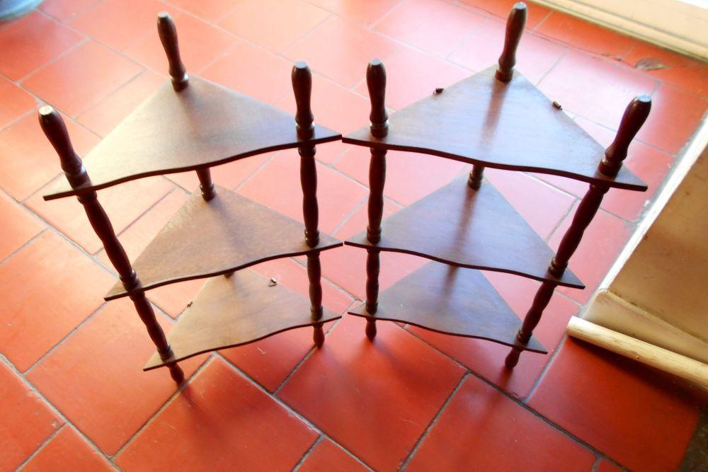 Petite étagère en bois (l'unité) 15 Monflanquin (47)
