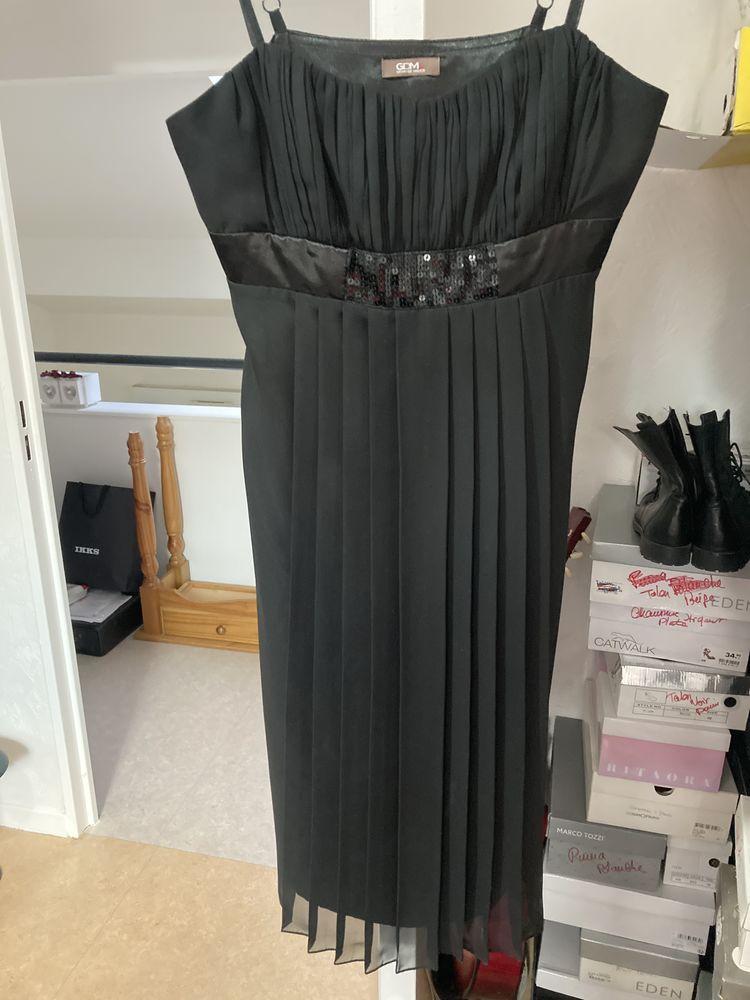 petite robe noire de soirée 5 Nancy (54)