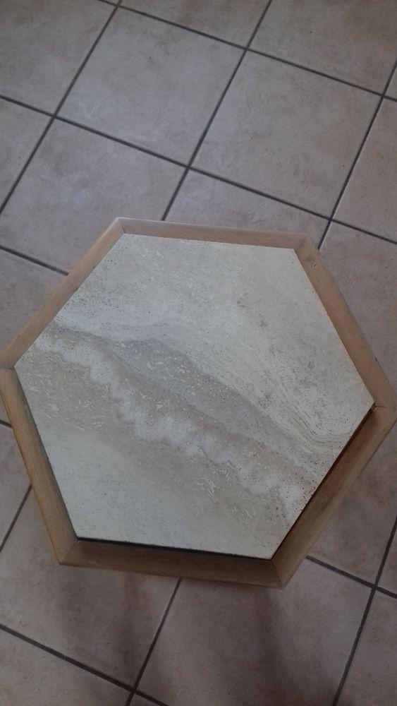 Petite table d'appoint Meubles