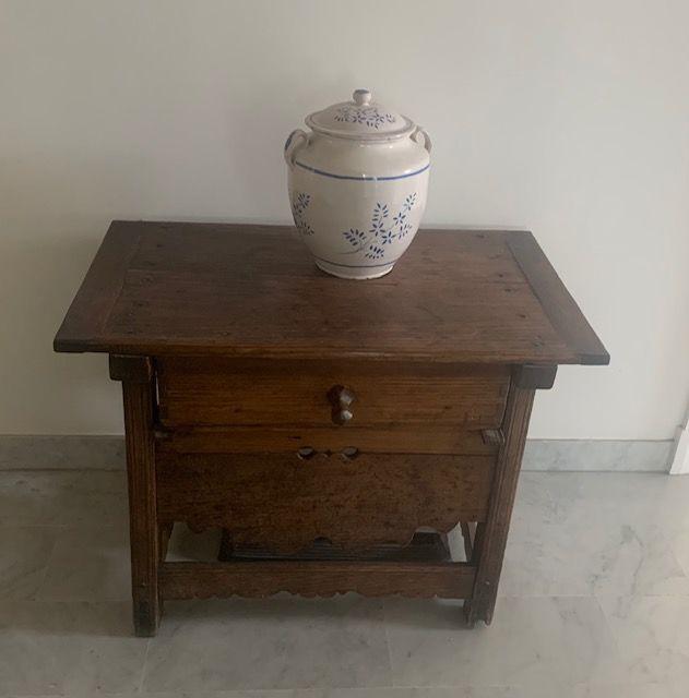 Petite table d'artisan Nice  250 Nice (06)