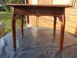 PETITE TABLE bois sculpté