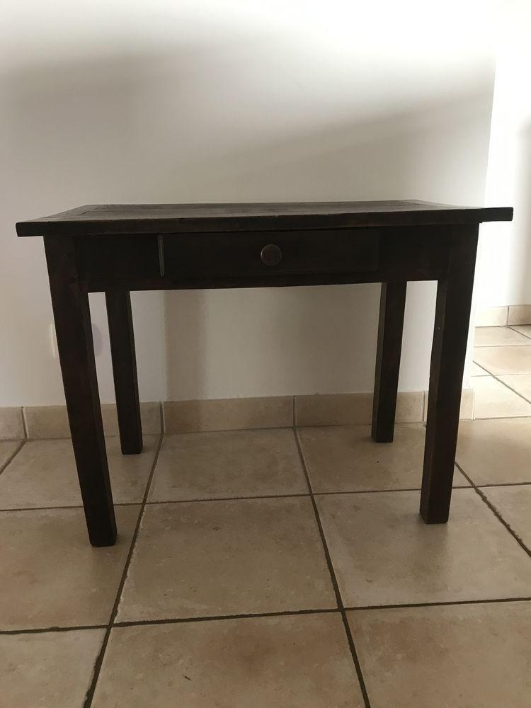 petite table en bois 50 Millery (69)