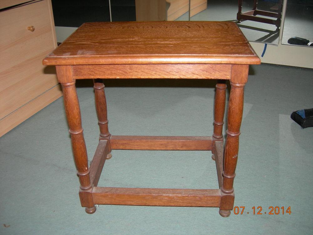 PETITE TABLE EN CHENE 35 Bagnolet (93)