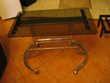 petite table porte journaux sur roulettes, art déco  Peypin (13)