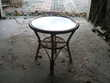 PETITE TABLE EN ROTIN