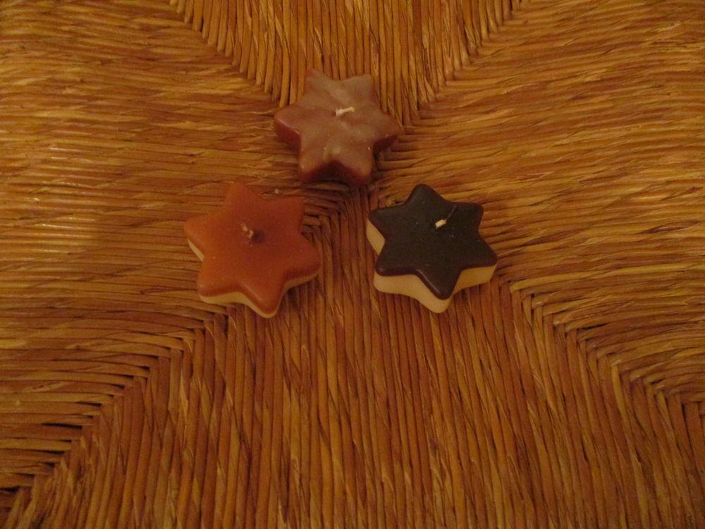 3 petites étoiles en bougie neuve 0 Mérignies (59)