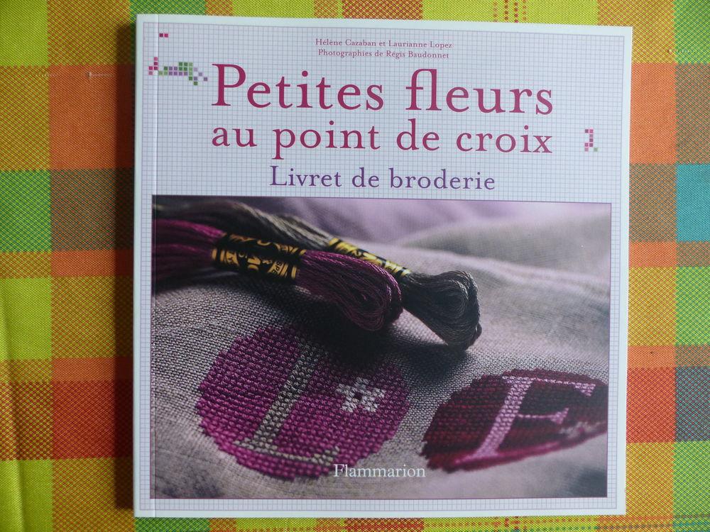 PETITES FLEURS au POINT DE CROIX 2 (NEUF  mais  devenu RARE) 15 Roclincourt (62)