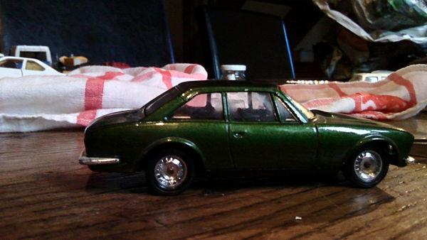 PEUGEOT 504 coupé V6 - SOLIDO  10 Bannalec (29)