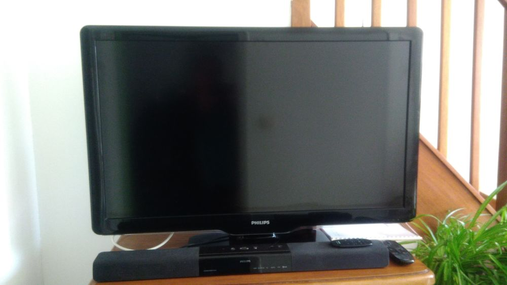TV PHILIPS 42PFL5405H avec BARRE SON PHILIPS 200 Hersin-Coupigny (62)