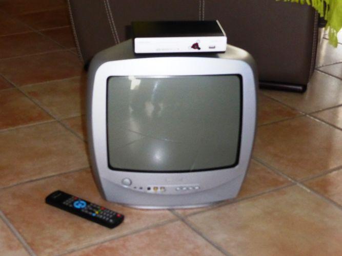 TV Philips Couleu 10 Cressanges (03)