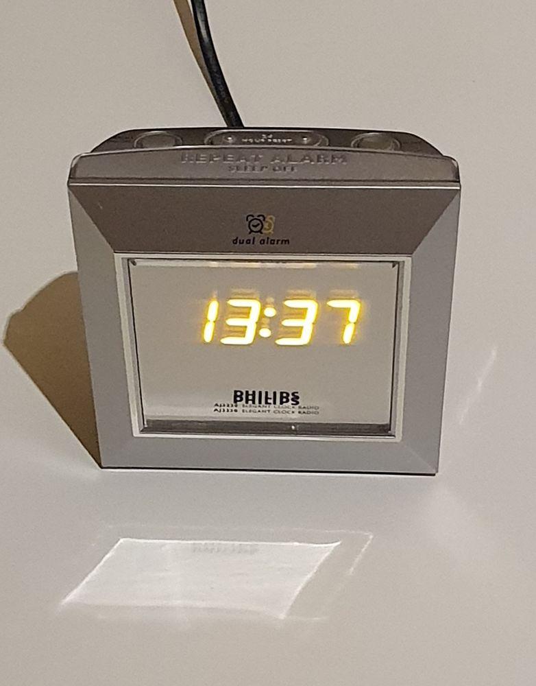 Philips Radio Réveil AJ3230 15 Apach (57)