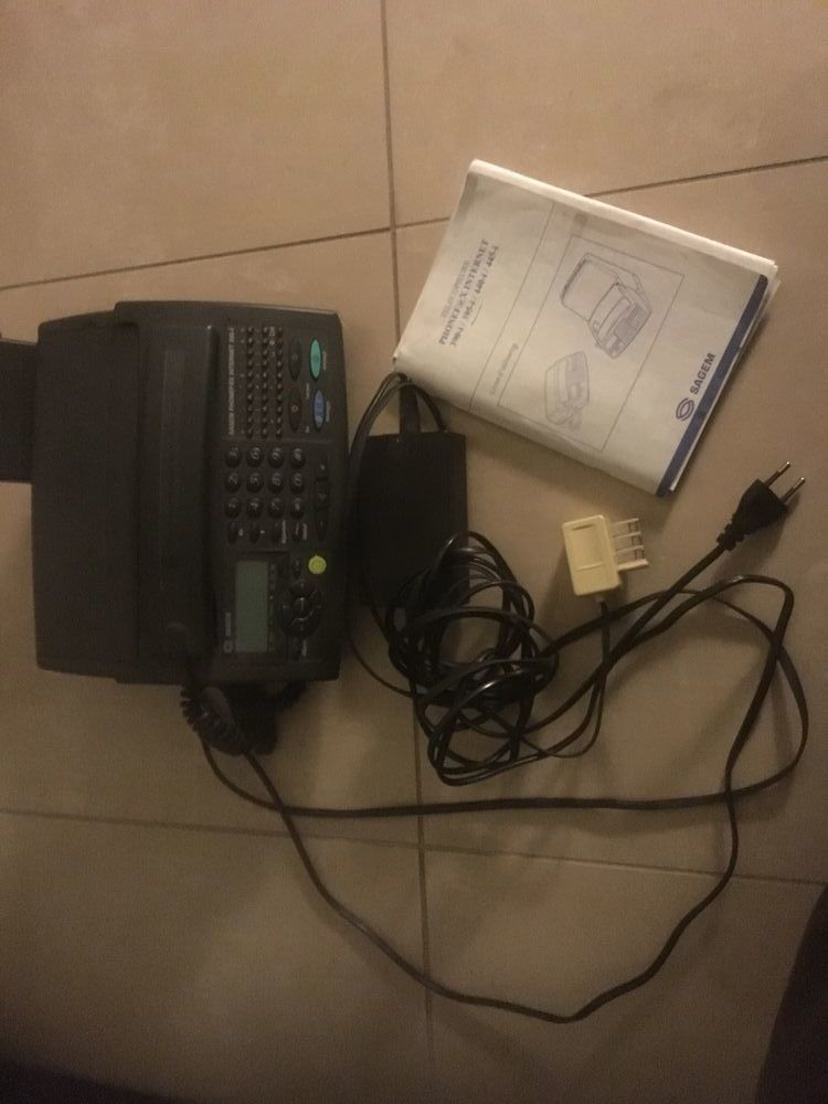 PhonefaxInternet SAGEM 395  58 Paris 19 (75)