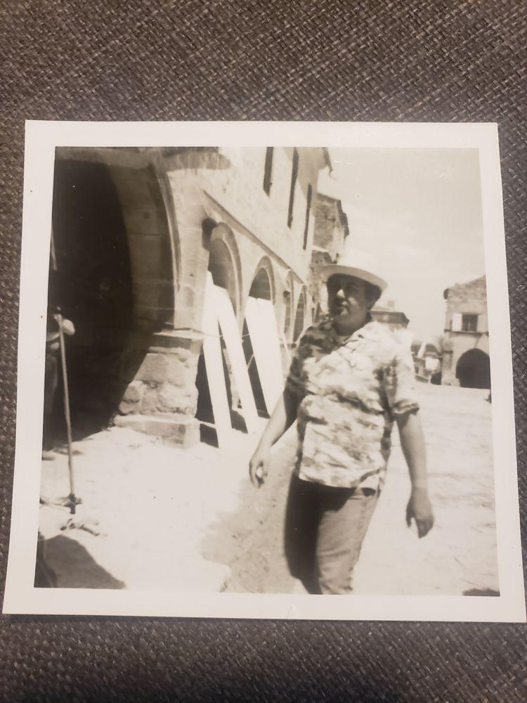 Photo de coluche estimer par France estimation 150/200 Photos/Video/TV