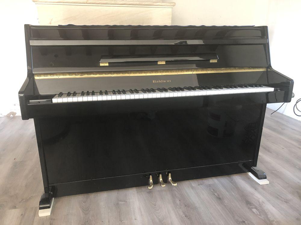 Piano BALDWIN 1300 Évreux (27)
