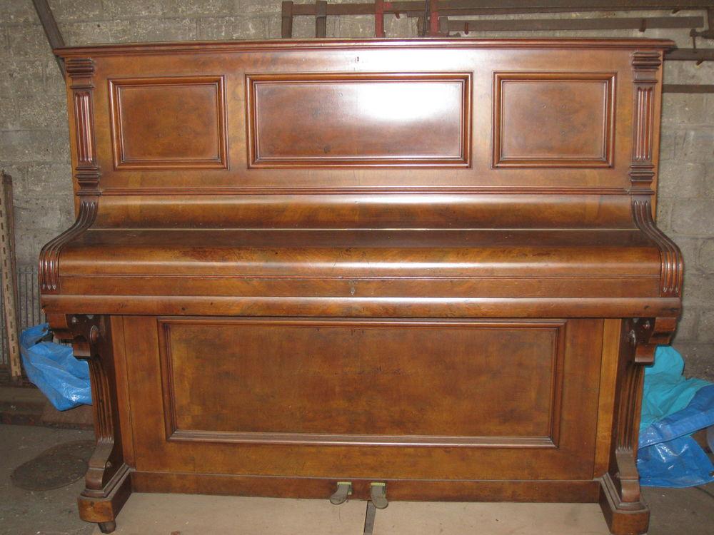 Piano droit ancien 50 Les Mureaux (78)