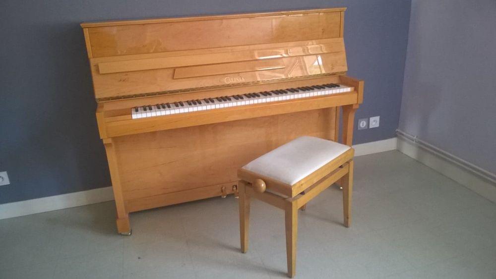 PIANO DROIT AVEC SON TABOURET Instruments de musique