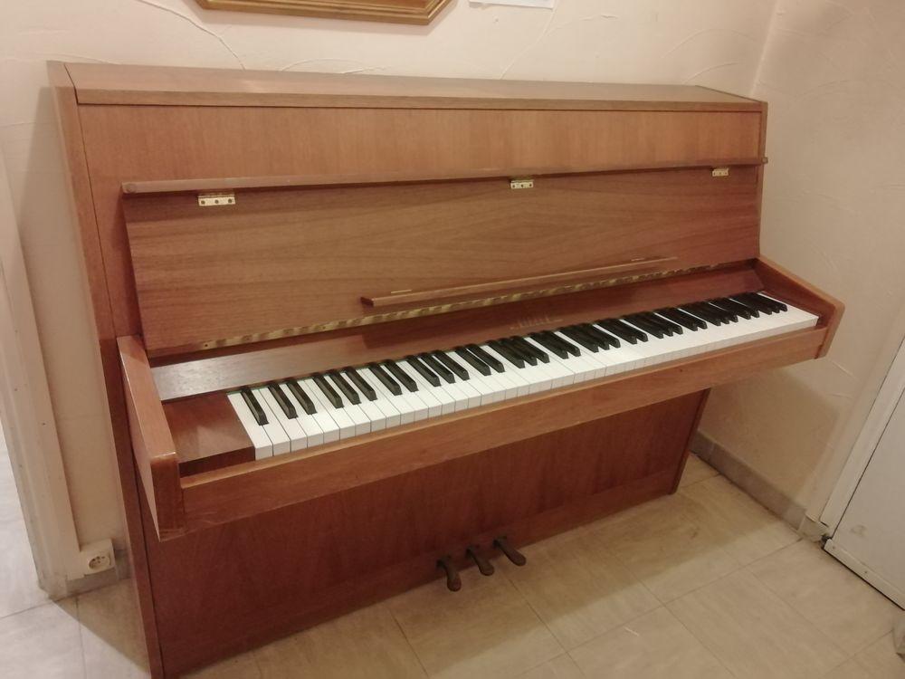 piano droit d'étude RIPPEN, belleaffaire, 699 euros, 699 Avignon (84)