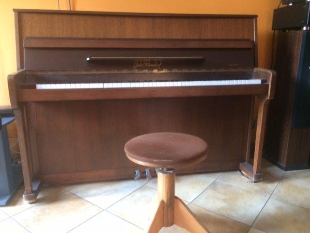 PIANO DROIT GEBR NIENDORF  1000 Martigues (13)