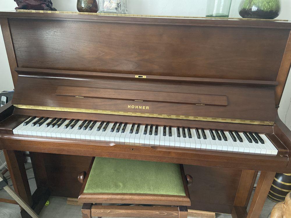 piano droit Hohner  700 Rosendael (59)
