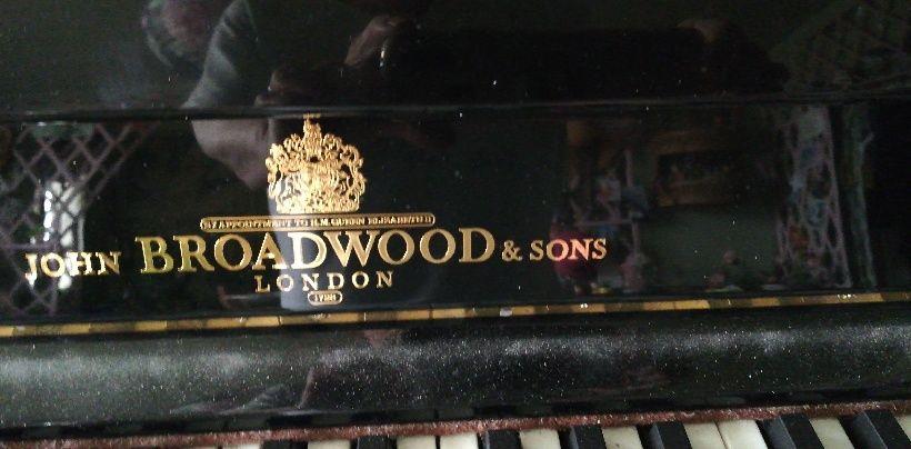 Piano droit John Broadwood and sons  1000 Saint-Maur-des-Fossés (94)