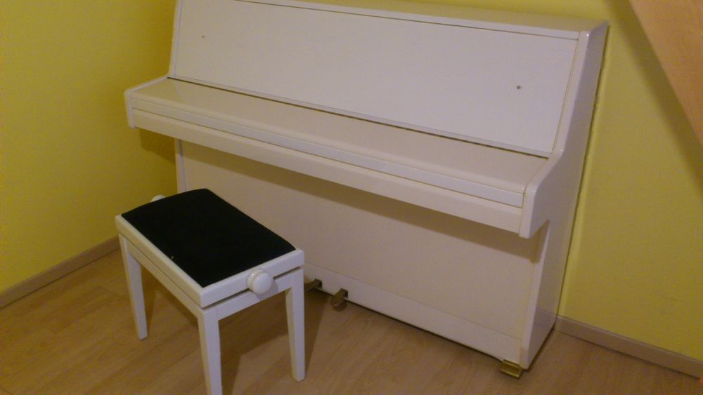 Piano droit MAEARI 1000 Coublevie (38)