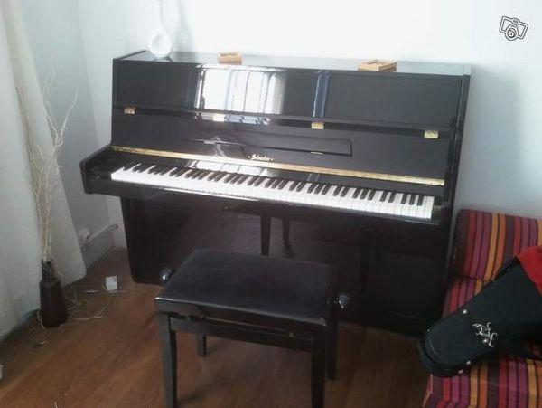 Piano droit noir Schaefer 1400 Saint-Lumine-de-Clisson (44)