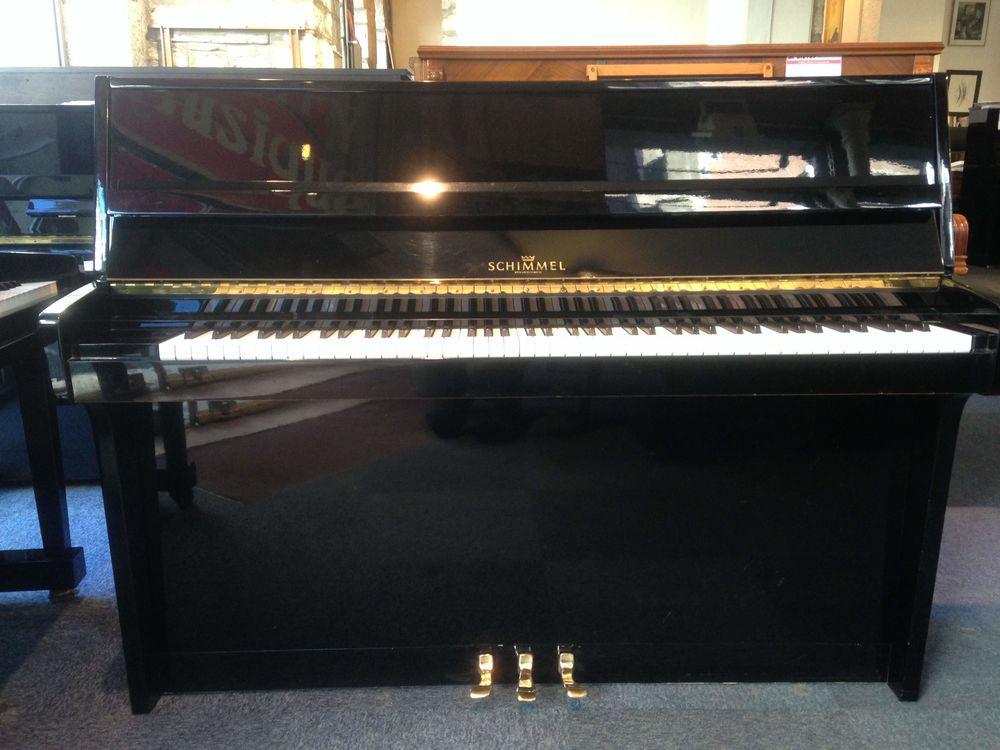Piano droit d'occasion SCHIMMEL 112 Instruments de musique
