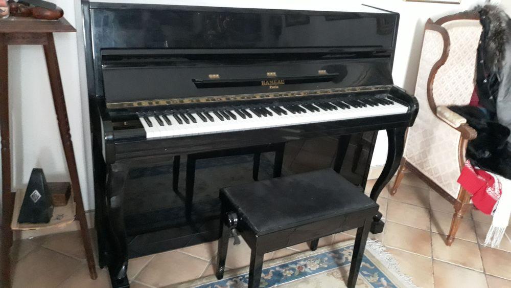 Piano droit Rameau laqué noir 3000 Paris 5 (75)