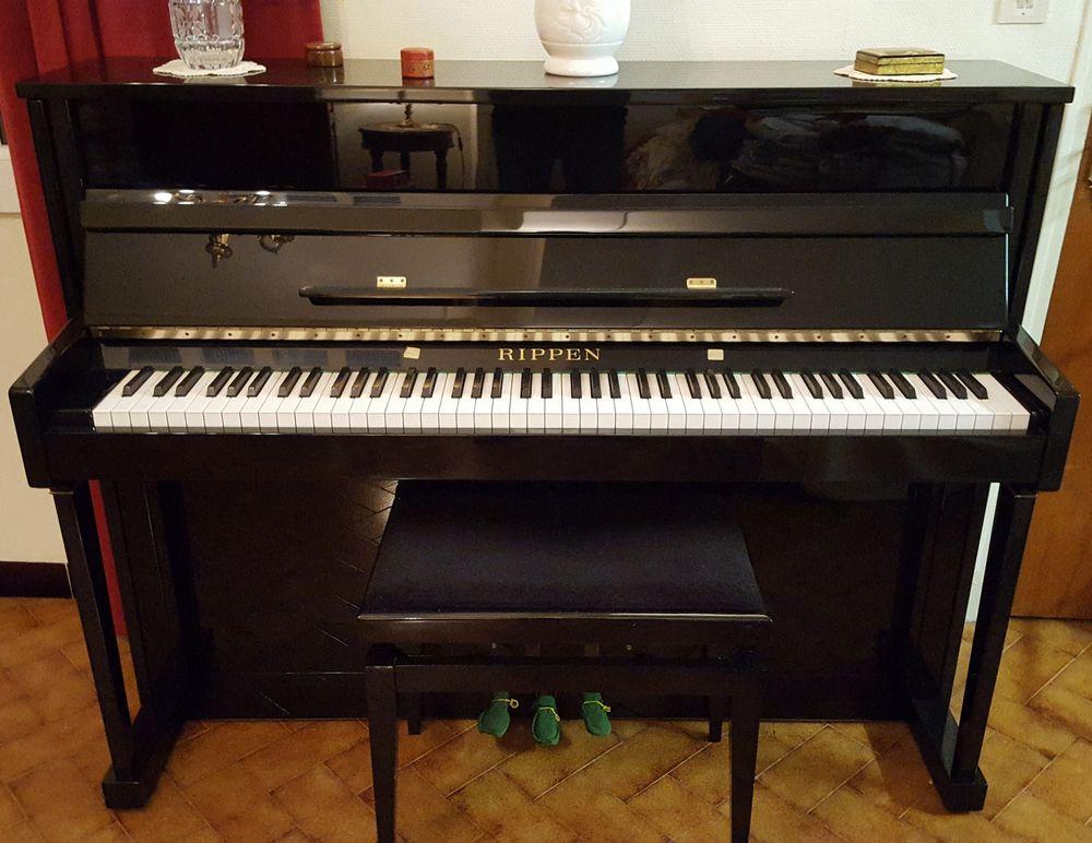piano droit RIPPEN 2000 L'Isle-sur-la-Sorgue (84)