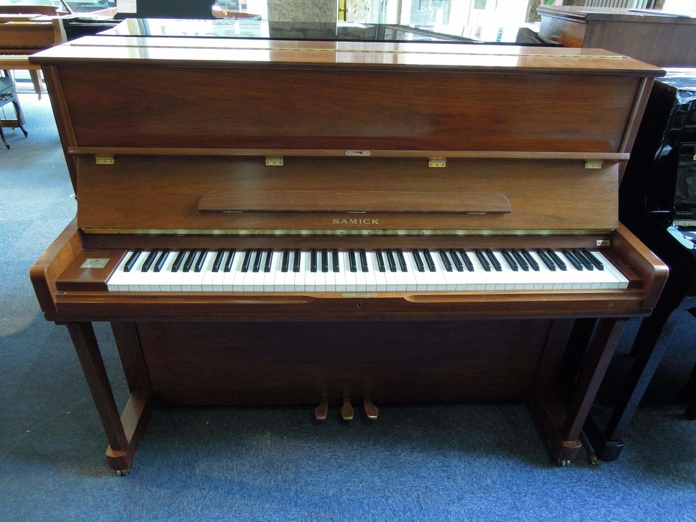 Piano droit SAMICK SU 118 1900 Lyon 5 (69)