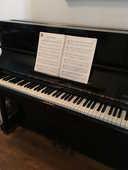 Piano droit SAMICK noir brillant avec tabouret 1200 Paris 16 (75)