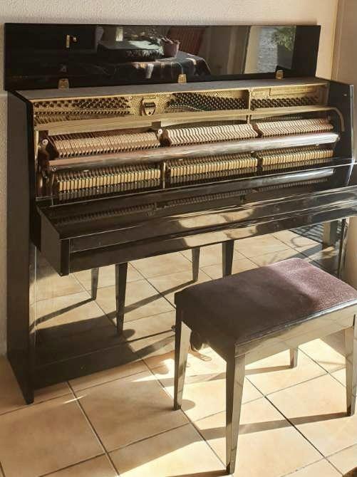 Piano droit Weinbach mod. Académique 106 cm laqué noir 0 Giromagny (90)