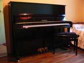 Piano droit Wendl & Lung noir de 122cm 2200 Montarnaud (34)