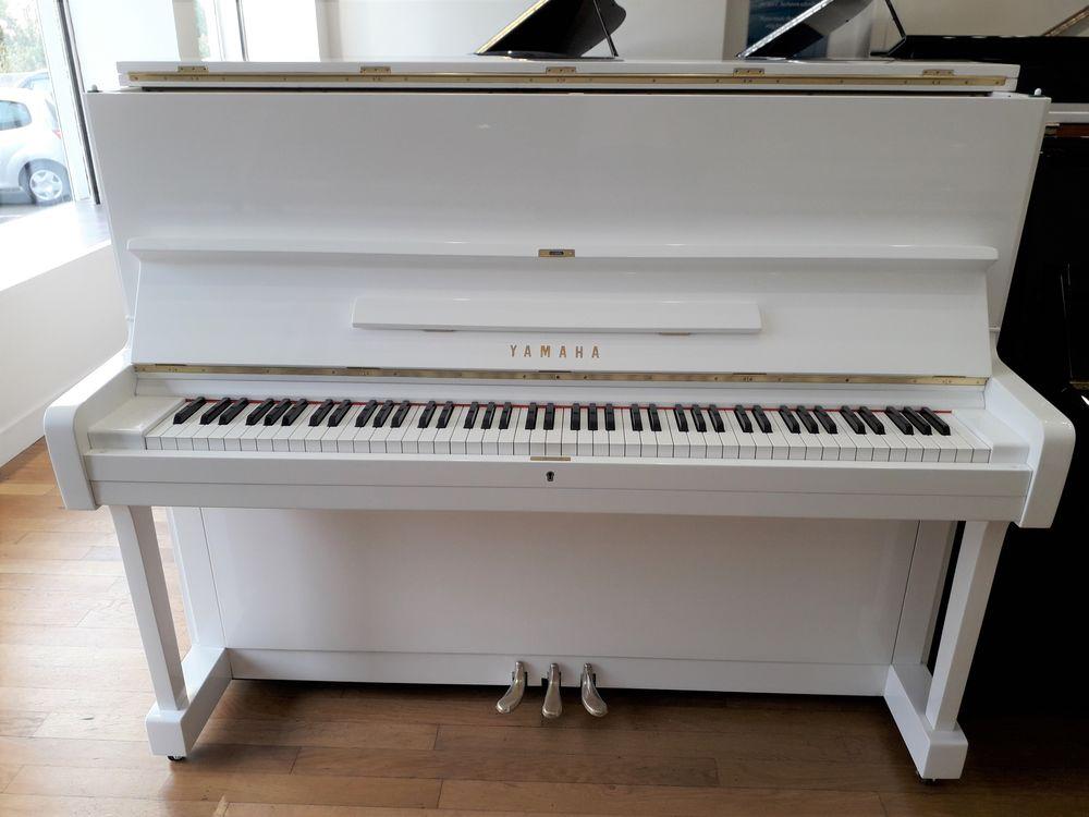 Piano droit Yamaha U1 Blanc 3900 Lyon 5 (69)