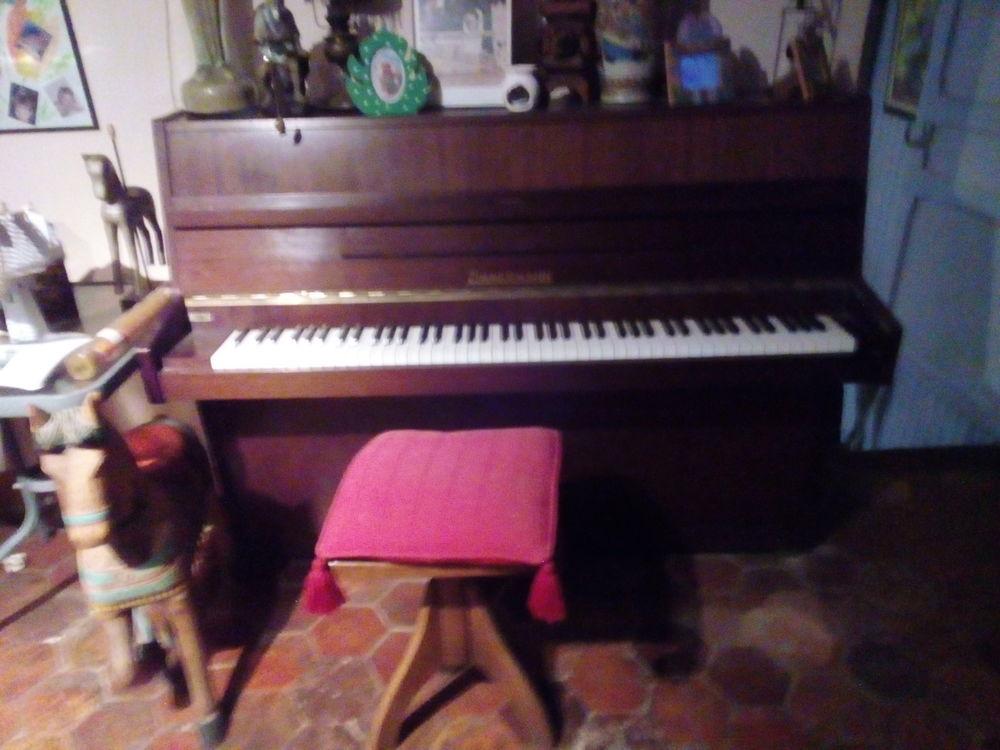 piano droit  Zimmerman  800 Herblay (95)