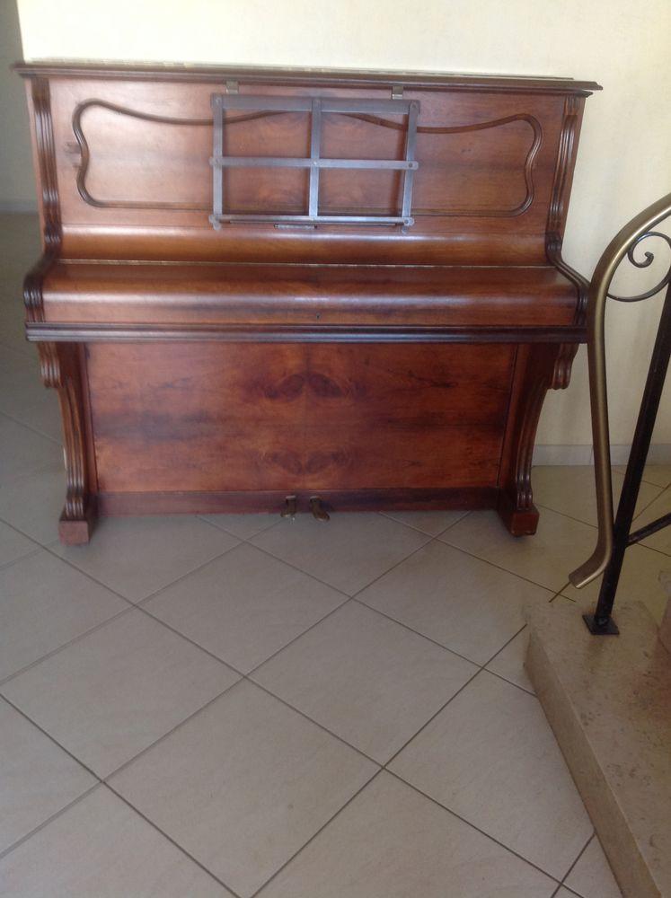 Piano droit  170 Villers-lès-Nancy (54)