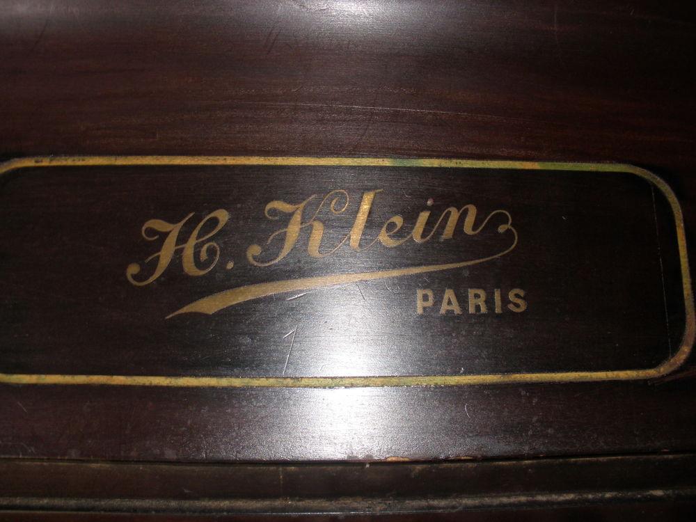 piano droit 100 Les Billaux (33)