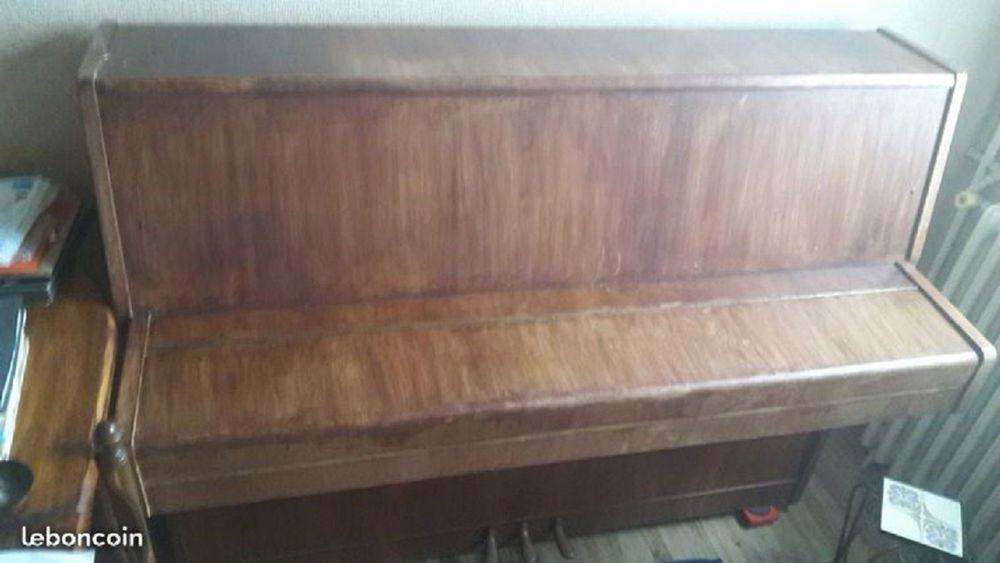 PIANO DROIT 0 Rueil-Malmaison (92)