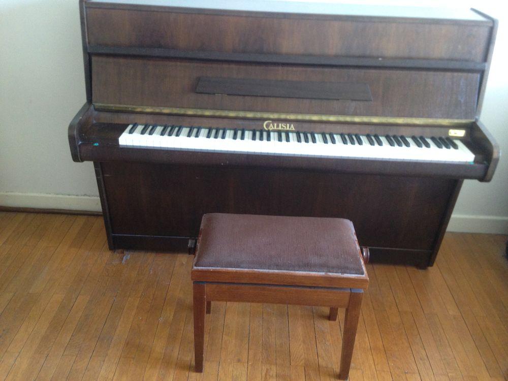 Piano droit 0 Grenoble (38)