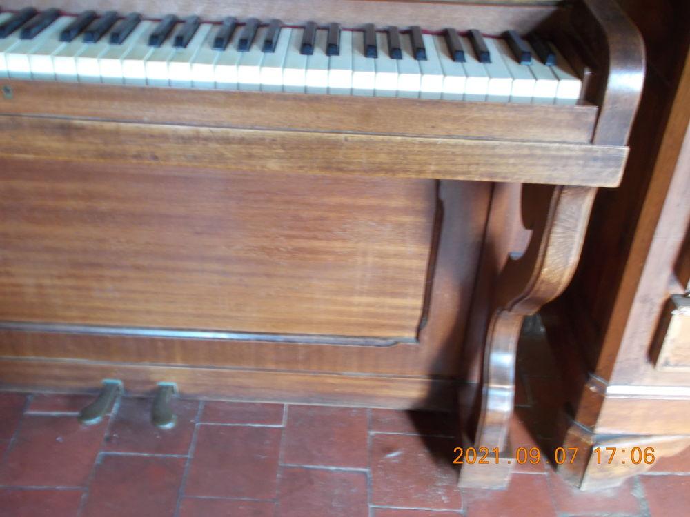 Piano droit 0 Avesnes-le-Comte (62)