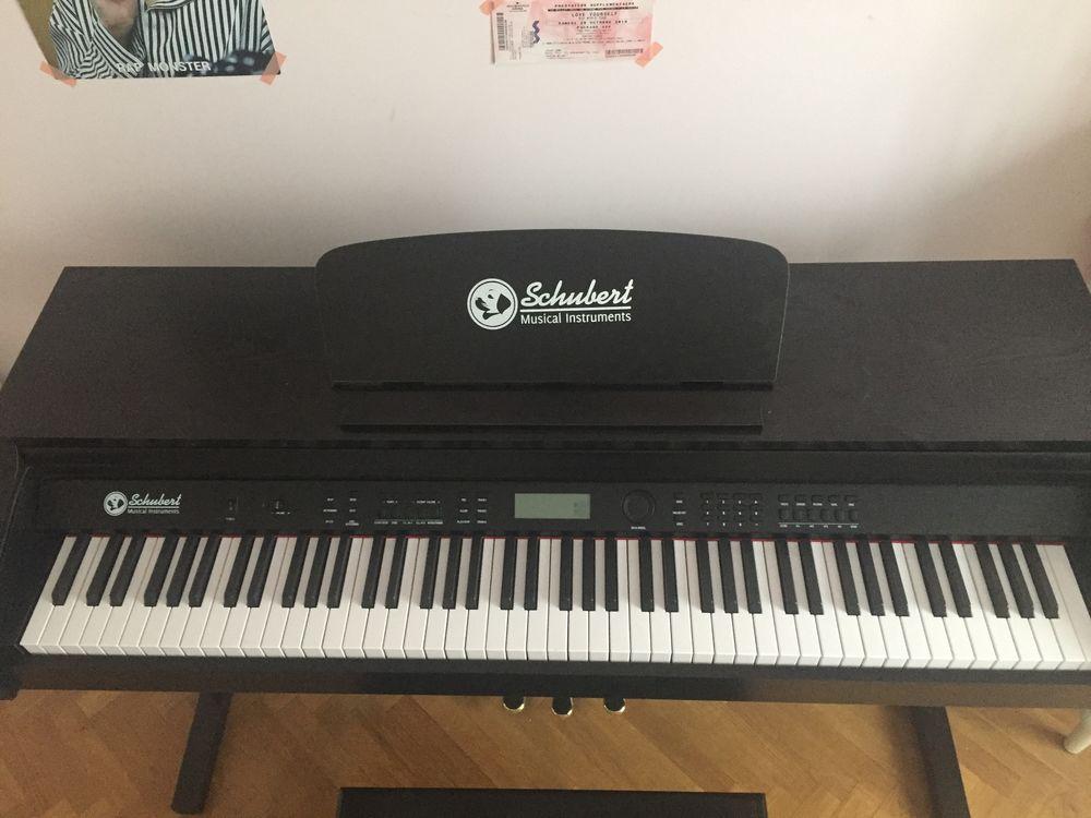 Piano Electrique Schubert 0 Paris 16 (75)