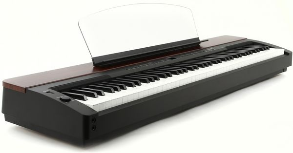 pianos occasion dans le var 83 annonces achat et vente de pianos paruvendu mondebarras page 4. Black Bedroom Furniture Sets. Home Design Ideas