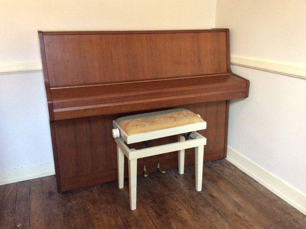 Piano d'études samick  500 Rennes (35)