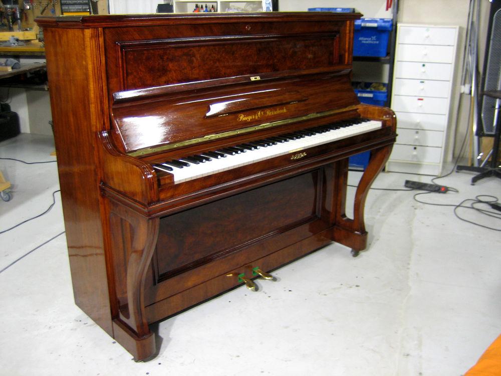 Piano d'expression suisse  Bieger & Cie Rorschach  8400 Montfavet (84)